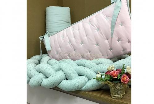 5d15aada813b0 Kit Berço em Trança Estrela Rosa e Cinza Knot Pillow 3 peças