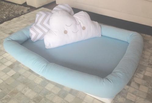 Kit Colchonete Infantil Azul e Almofadas Nuvem para Berço Desmontável