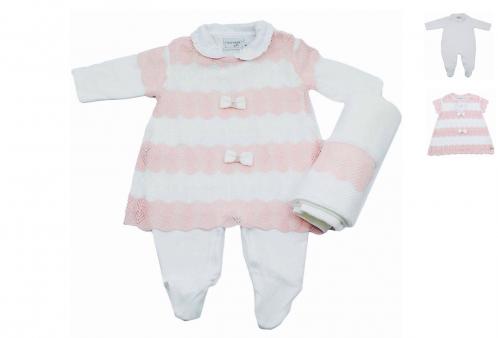 Saída Maternidade Vestido Branco e Rosa Princesa Noruega 70e02655c3e