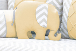 Almofada para Bebê Elefante Chevron Amarelo e Cinza