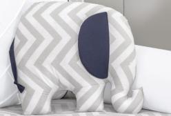Almofada para Bebê Elefante Chevron Marinho e Cinza