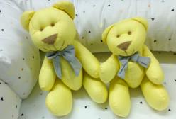 Kit Ursinho em Tecido Percal Amarelo com Laço Cinza