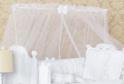 Mosquiteiro para Berço Varal Inteiro em Tule Branco
