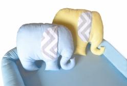 Kit Colchonete Azul e Almofadas Elefantes para Berço Desmontável e Chiqueirinho